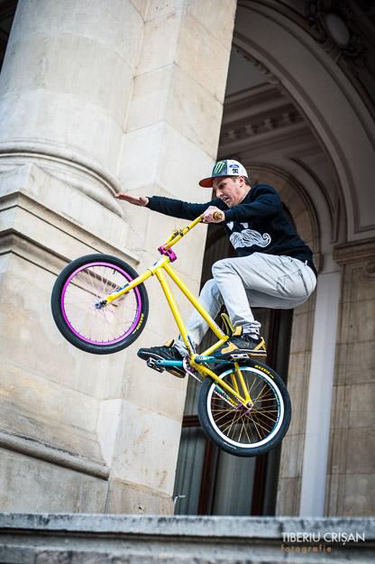 bmx-bikers-2