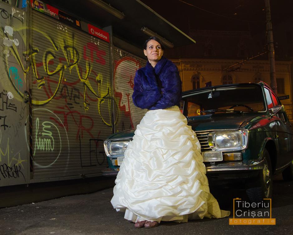 Mireasa pozeaza in noaptea nuntii